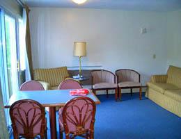 2bedroom_suite_15